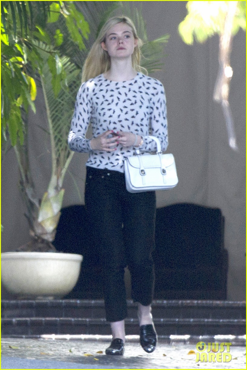 elle fanning chateau marmont two days 023136884