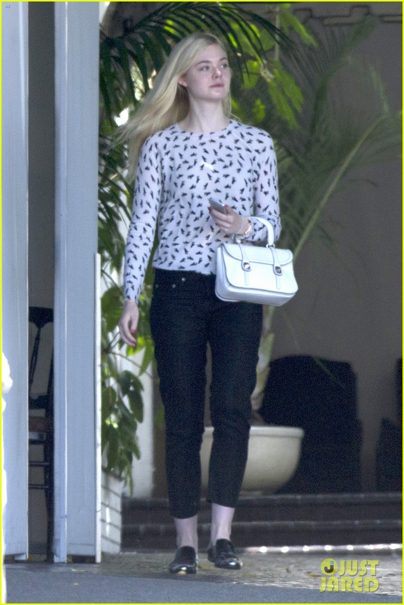 elle fanning chateau marmont two days 063136888