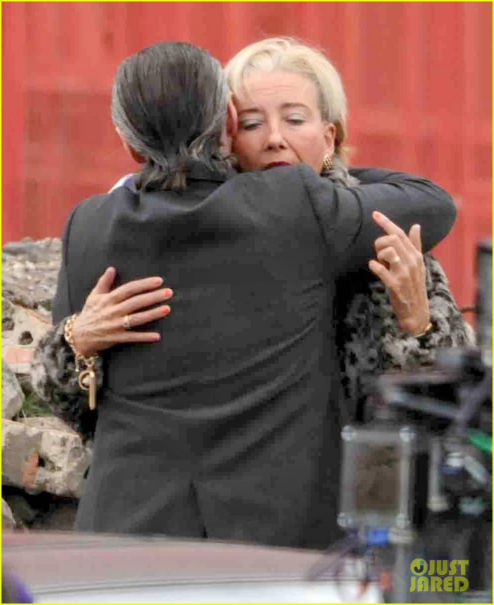 emma thompson wears lots of age makeup for new movie 043144889