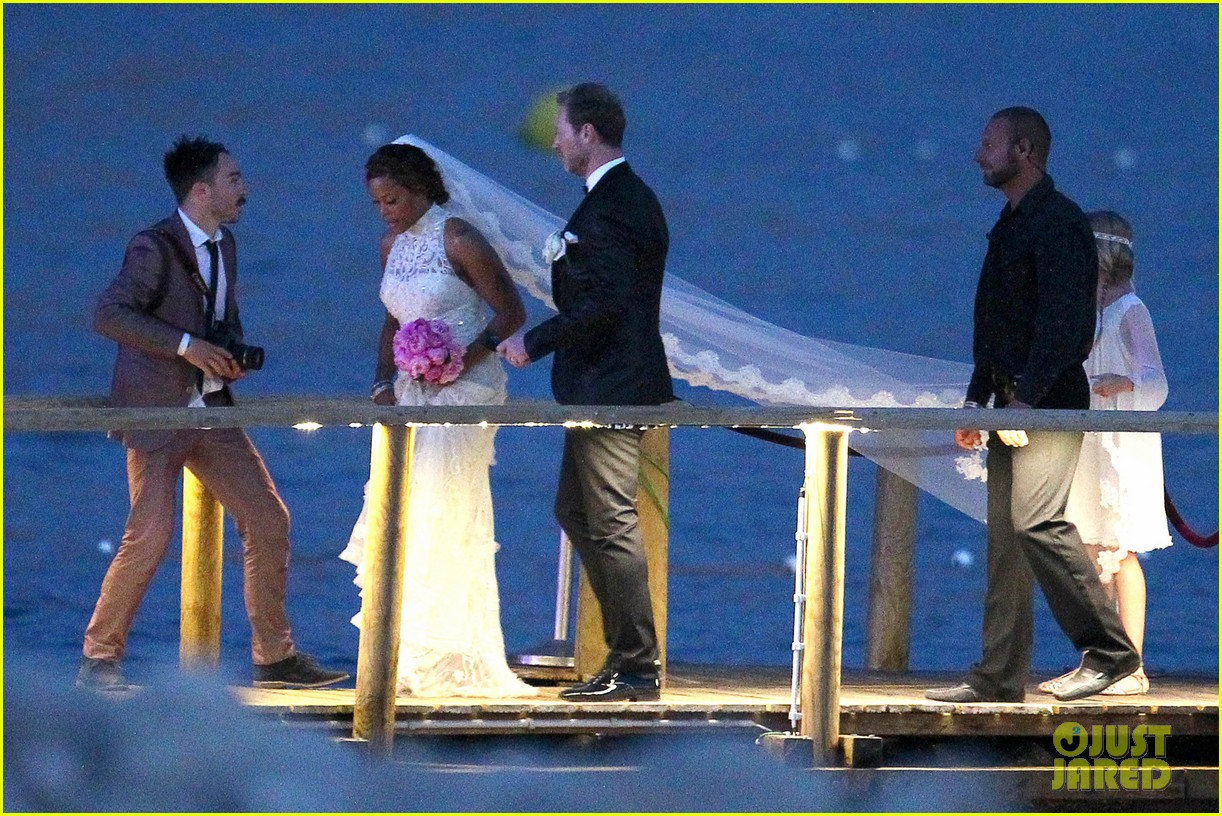 eve wedding photos with maximillion cooper 053135614