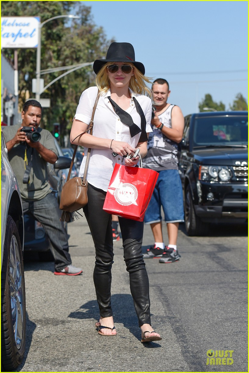 anna faris returns to caa 173142864