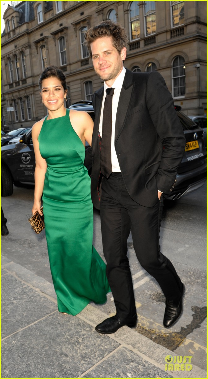 america ferrera ryan piers williams look perfect at hyena premiere 023138571