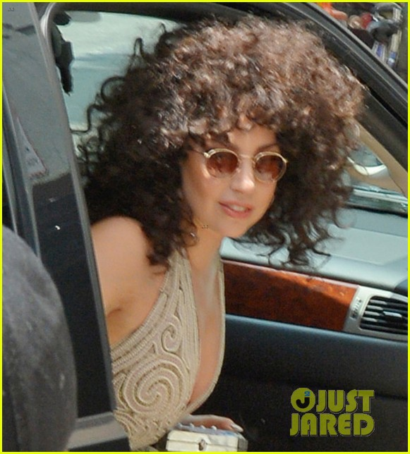 lady gaga curly hair tony bennett rehearsals 01