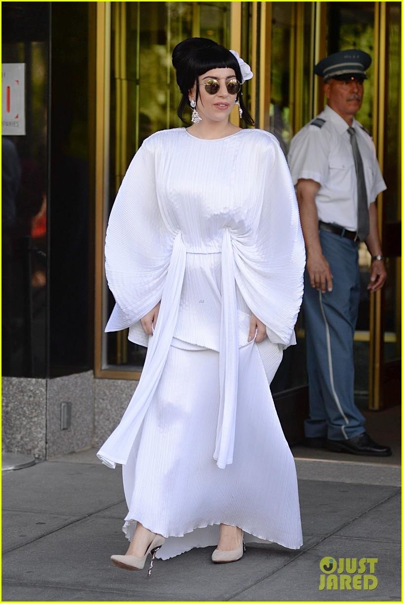 lady gaga kimono dress 073140104
