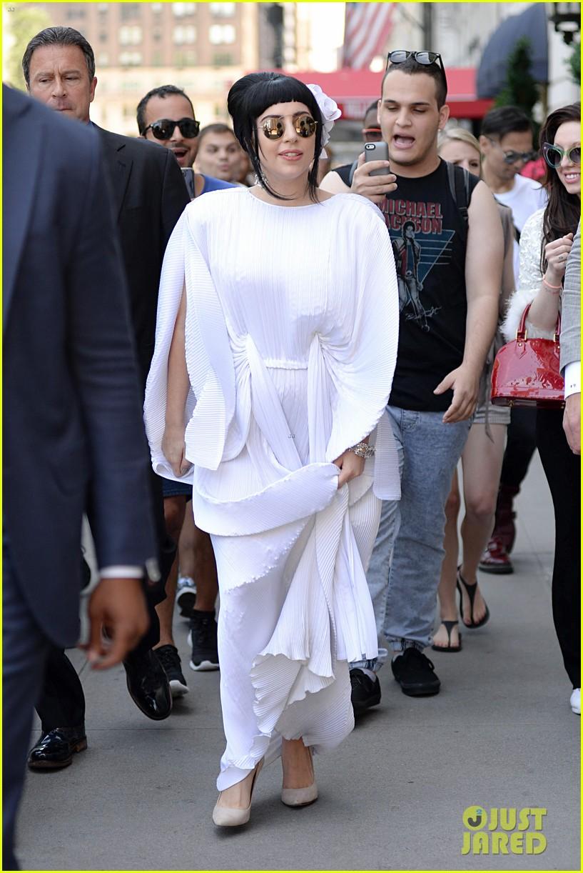 lady gaga kimono dress 133140110