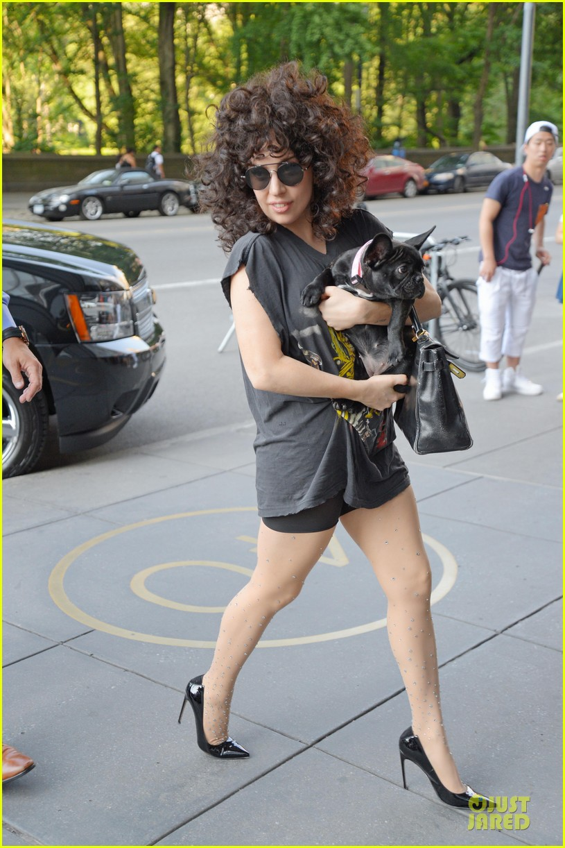 peta thinks lady gaga asia is adorable without jewels 033142238