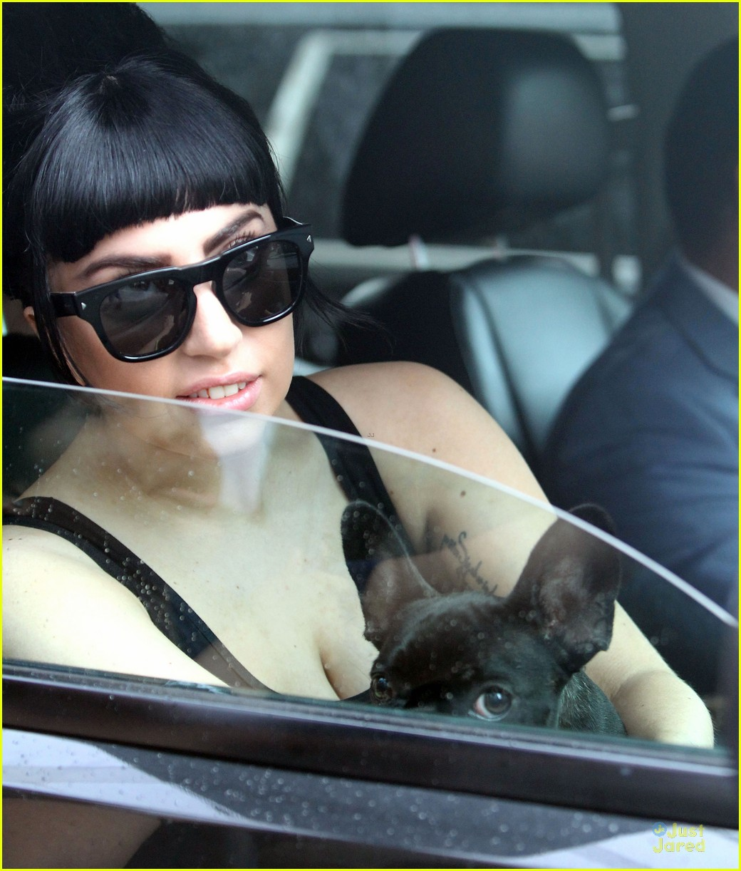 lady gaga gets new trumpet tattoo to honor tony bennett 08