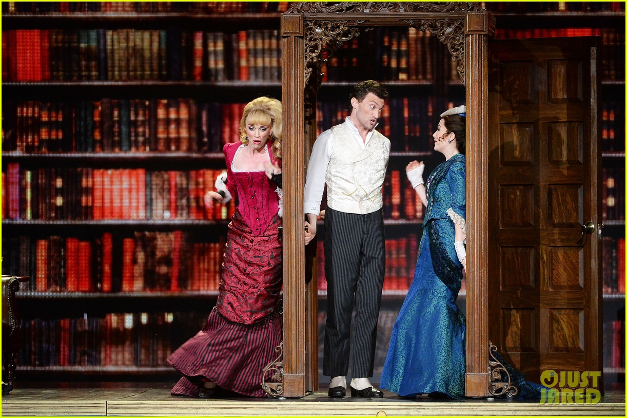 gentlemans guide to love murder tony awards 2014 163131419