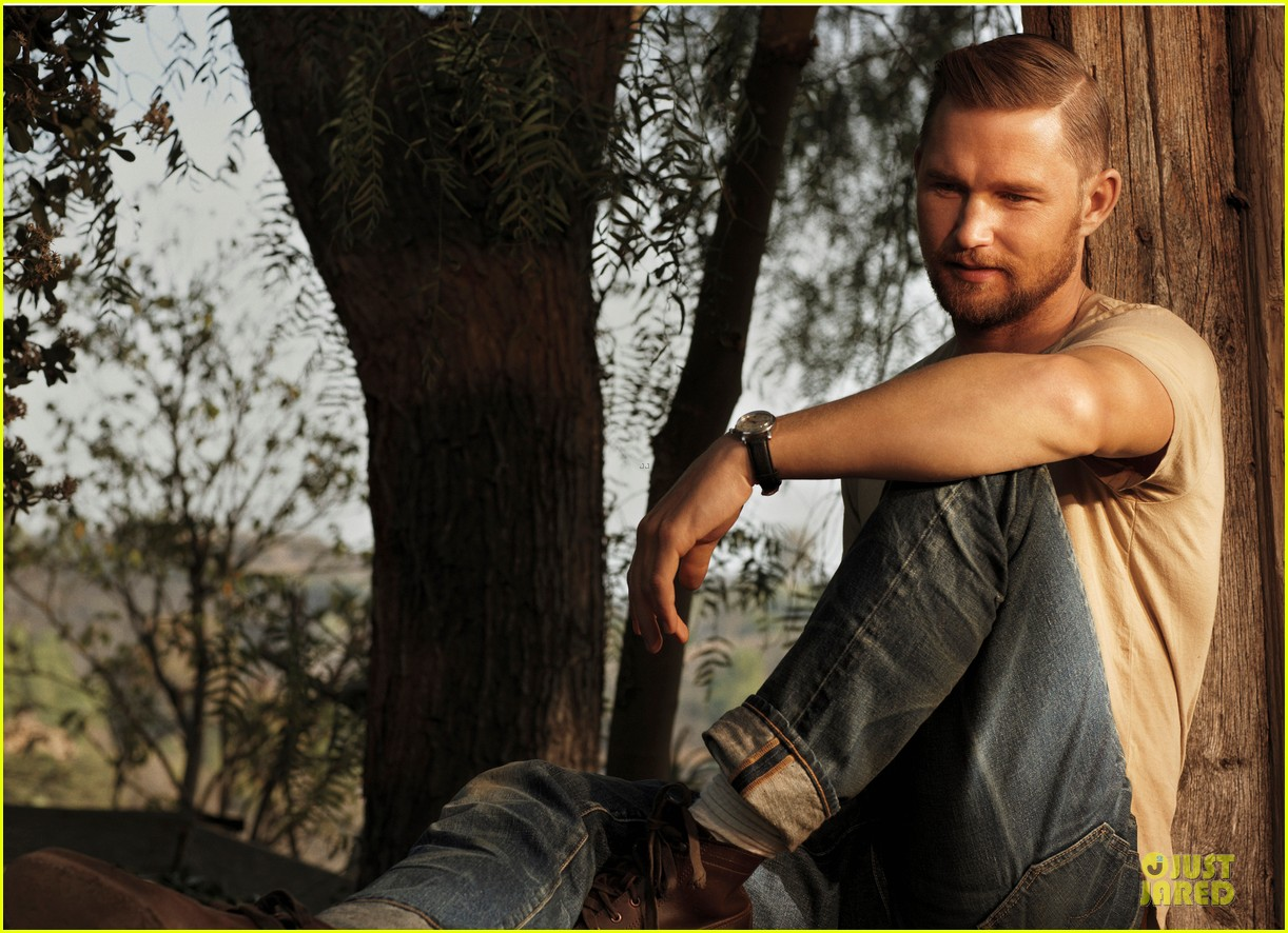 brian geraghty scruffy sexy man of the world 053130252