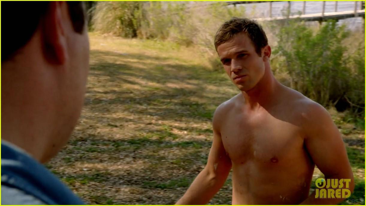 cam gigandet shirtless reckless series premiere 053146738