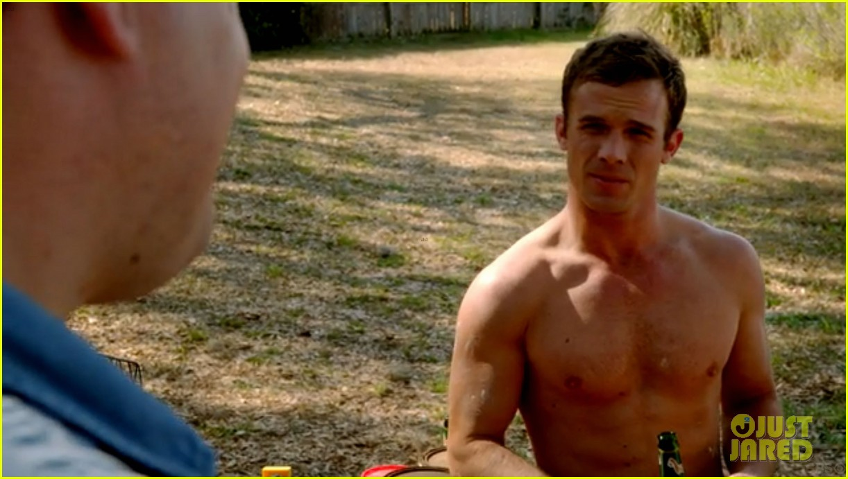 cam gigandet shirtless reckless series premiere 133146746