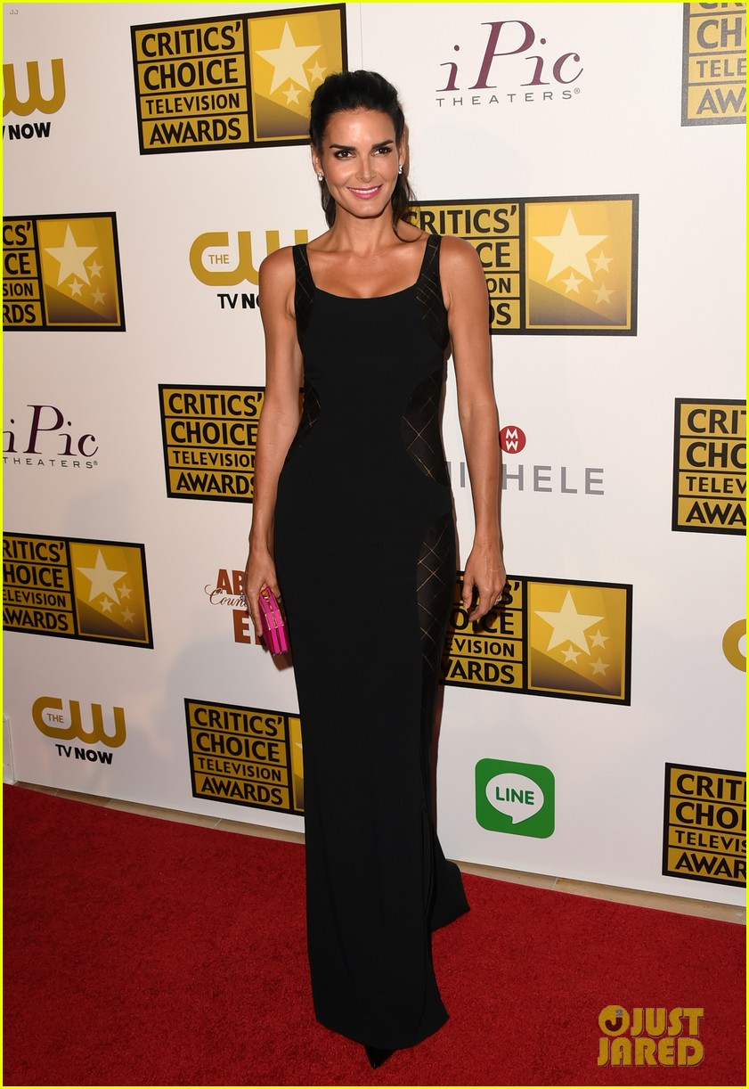 kat graham gina rodriguez critics choice tv awards 2014 04