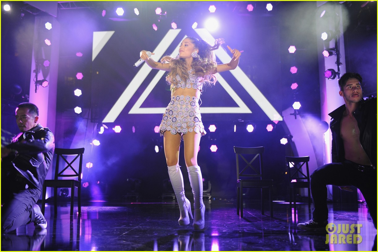 ariana grande announces new album my everything 083145663