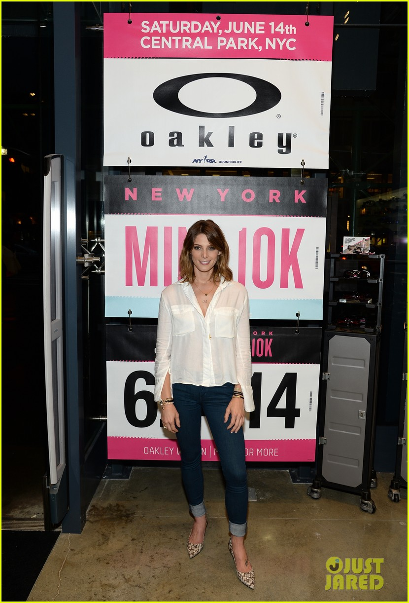 ashley greene oakley new york 10k race 06