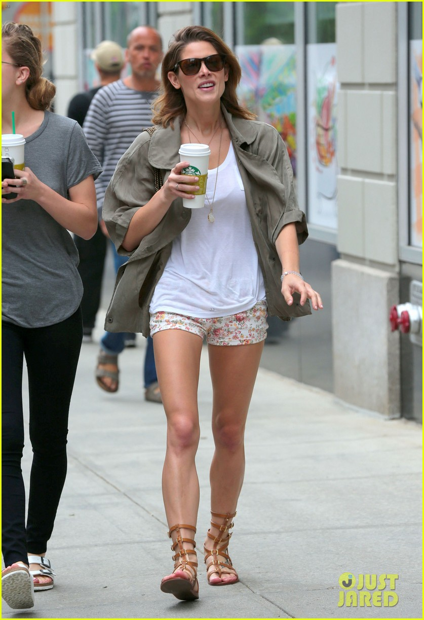 ashley greene oakley new york 10k race 213135448