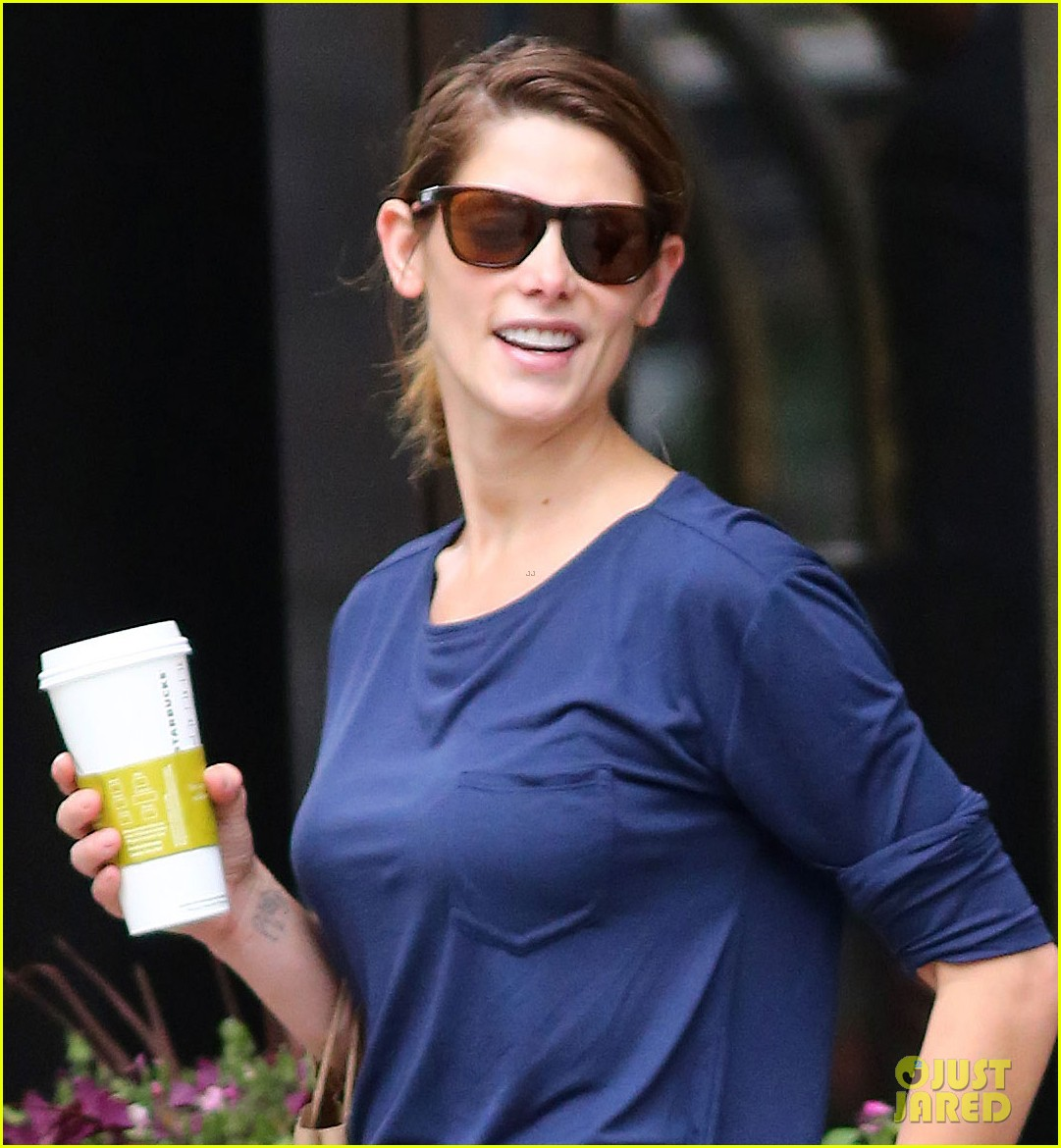 ashley greene nyc weather so confusing 013132846
