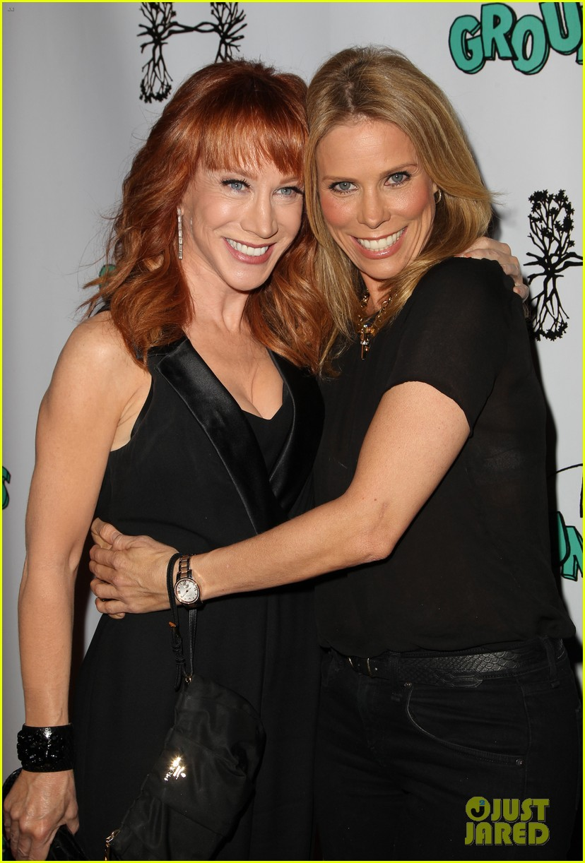 kathy griffin cheryl hines groundlings anniversary 133126367