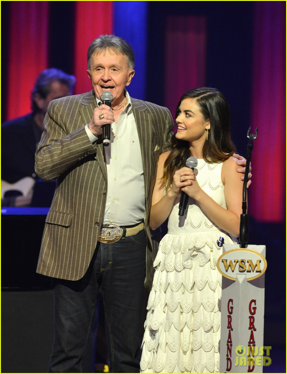 lucy hale makes her grand ole opry debut 113141071