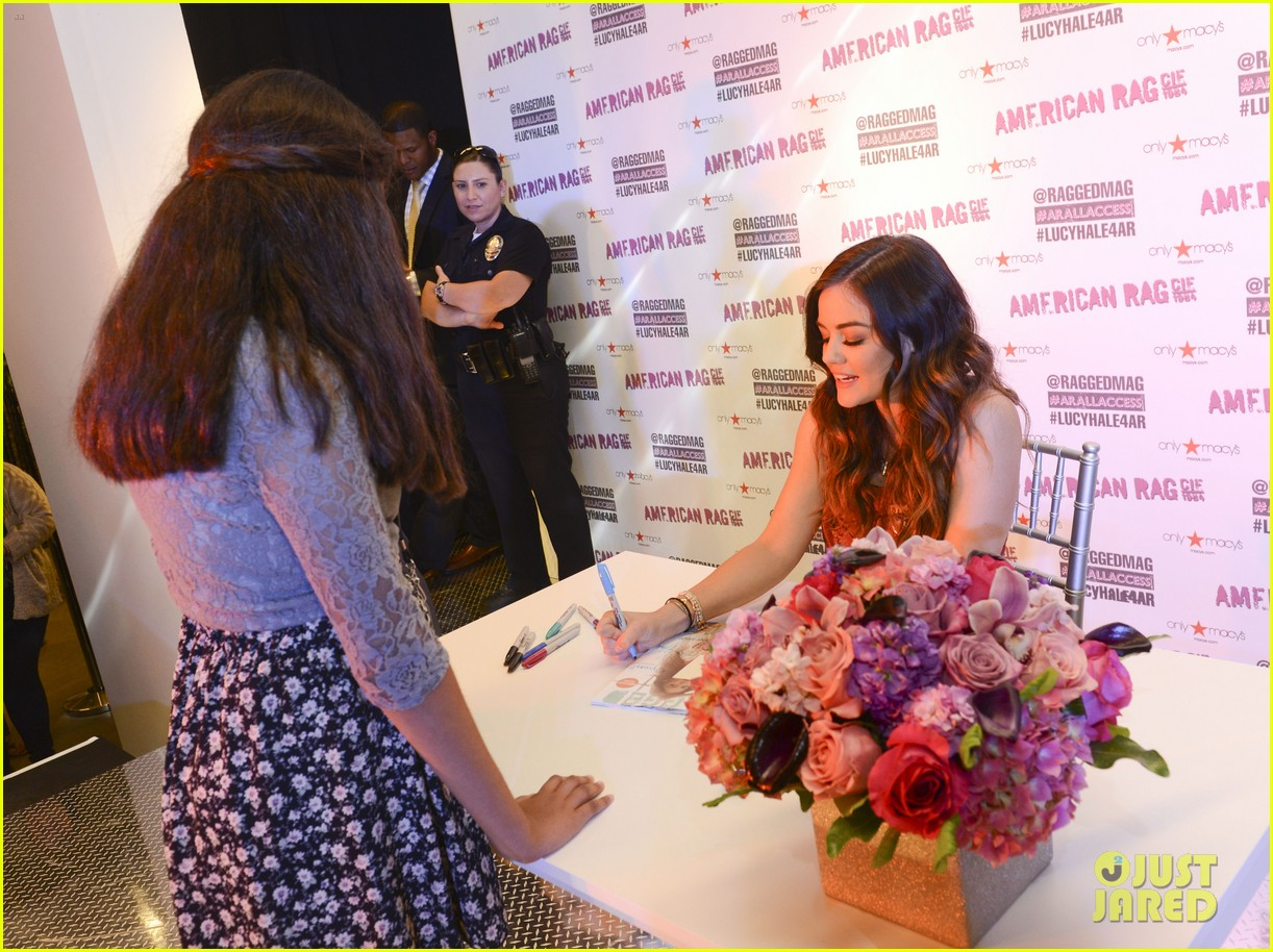lucy hale all access mall meet up 073135749