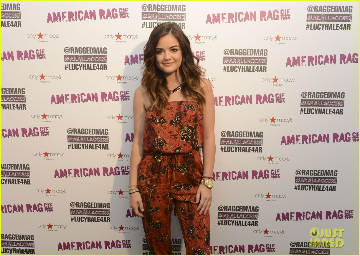 lucy hale all access mall meet up 093135751