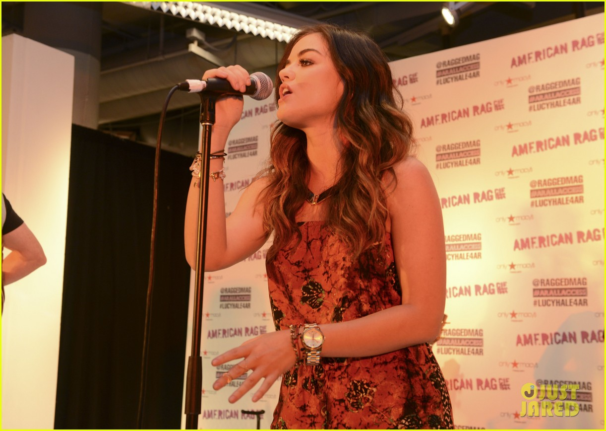 lucy hale all access mall meet up 123135754