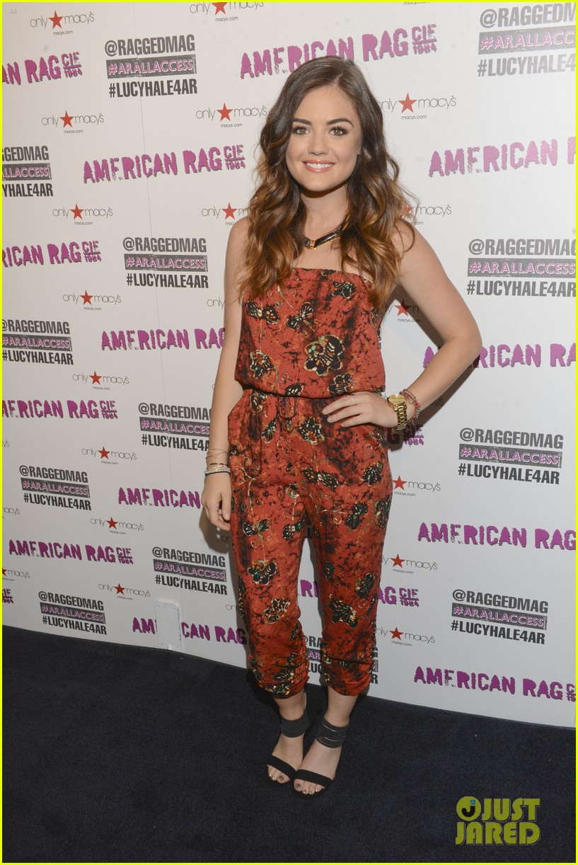 lucy hale all access mall meet up 14