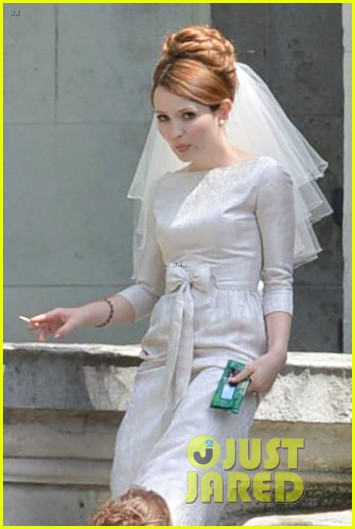 tom hardy emily browning get married for legend 063135289