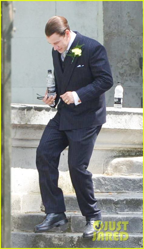 tom hardy emily browning get married for legend 123135295