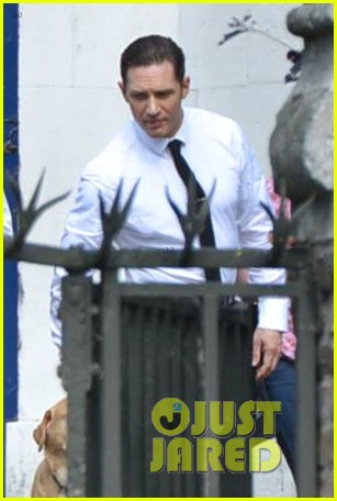 tom hardy emily browning get married for legend 13