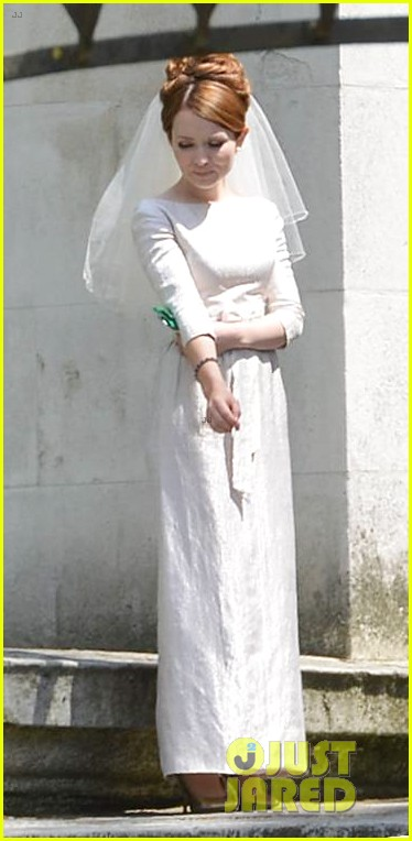 tom hardy emily browning get married for legend 153135298