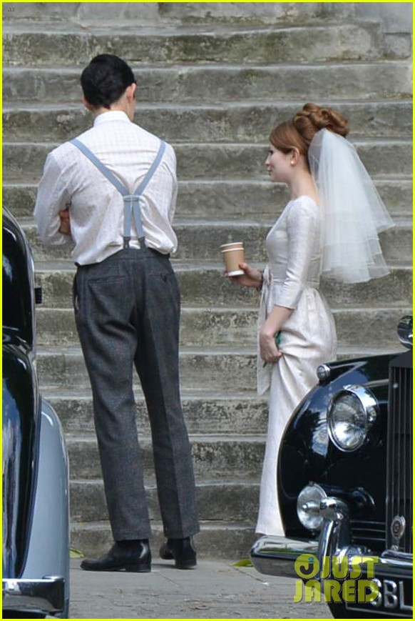 tom hardy emily browning get married for legend 163135299