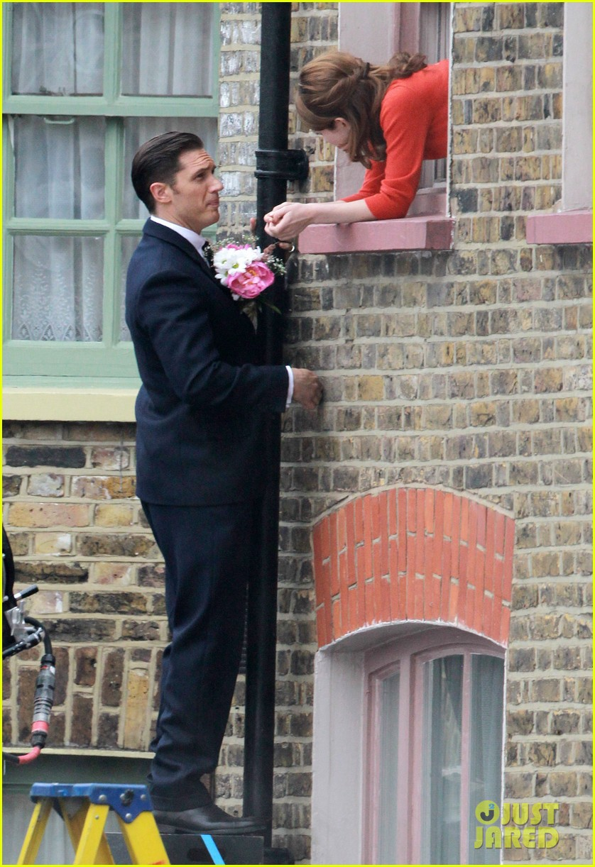tom hardy shimmies up a drainpipe to woo emily browning 073143181