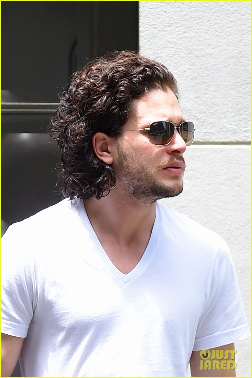 kit harington dishes on game of thrones finale 013135485