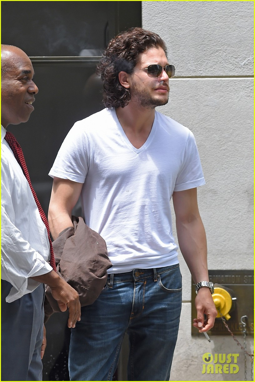 kit harington dishes on game of thrones finale 063135490