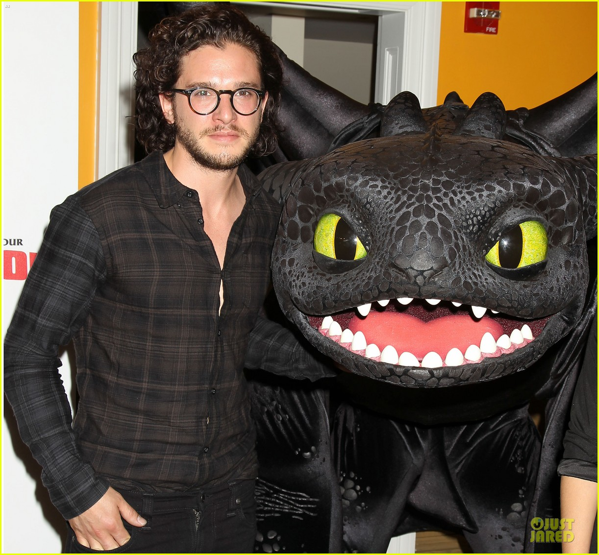 kit harington hair has contract on game of thrones 153133535
