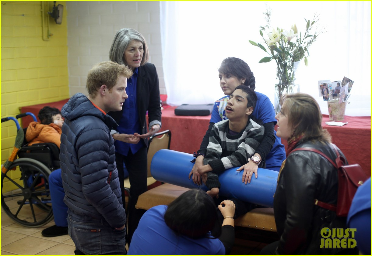prince harry busts a move children chile visit 173146215