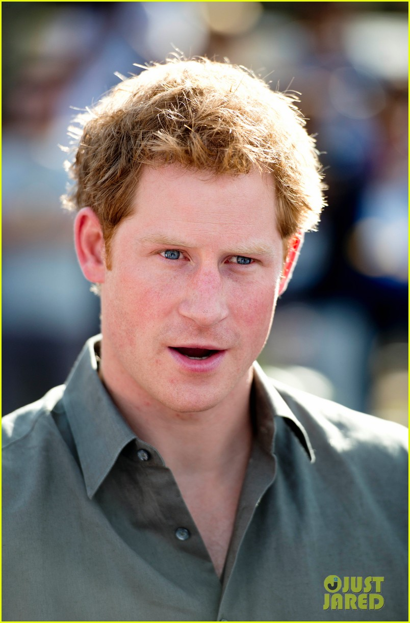 prince harry becomes emotional says death of his mother nothing compared to orphans suffering 12
