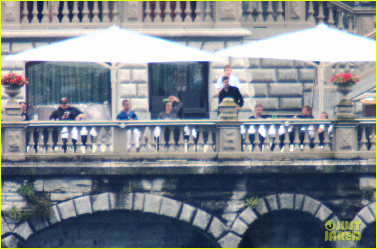 harry styles jumps into lake como 25