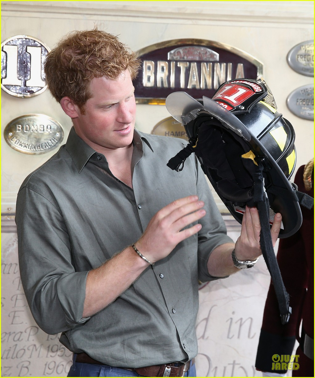 prince harry receives marriage proposal from middleton 083145576