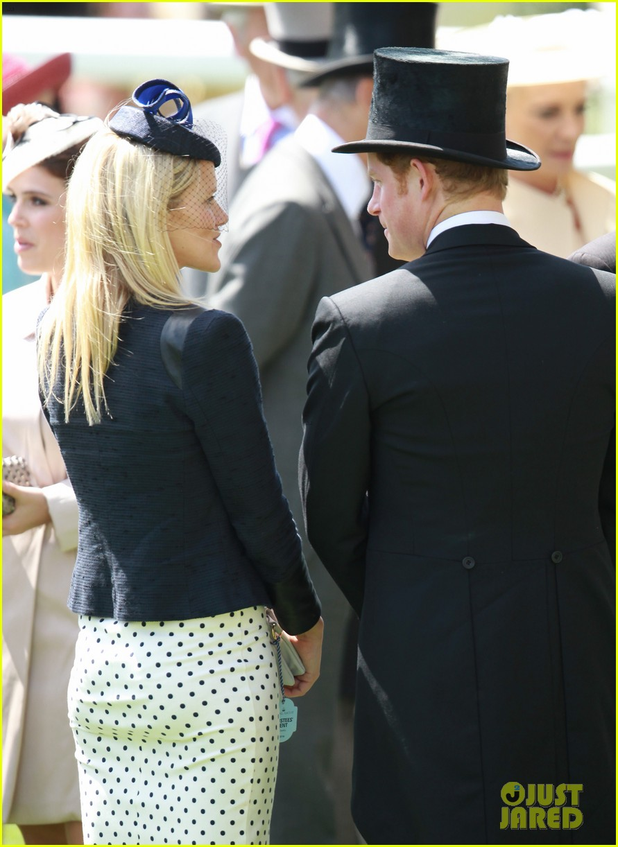 prince harry looks top notch top hat 293137227