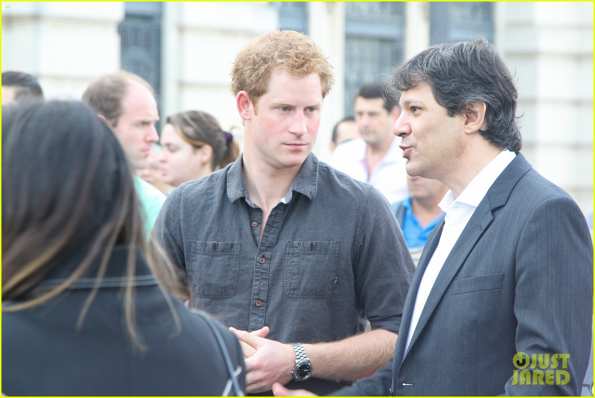 prince harry gets invitation to brazil by beautiful sabrina soto 113144591
