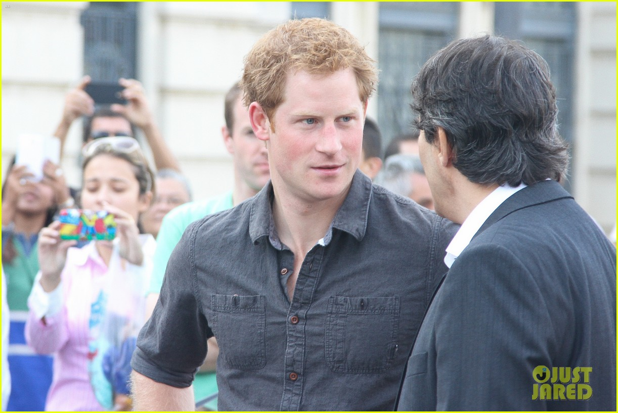 prince harry gets invitation to brazil by beautiful sabrina soto 123144592