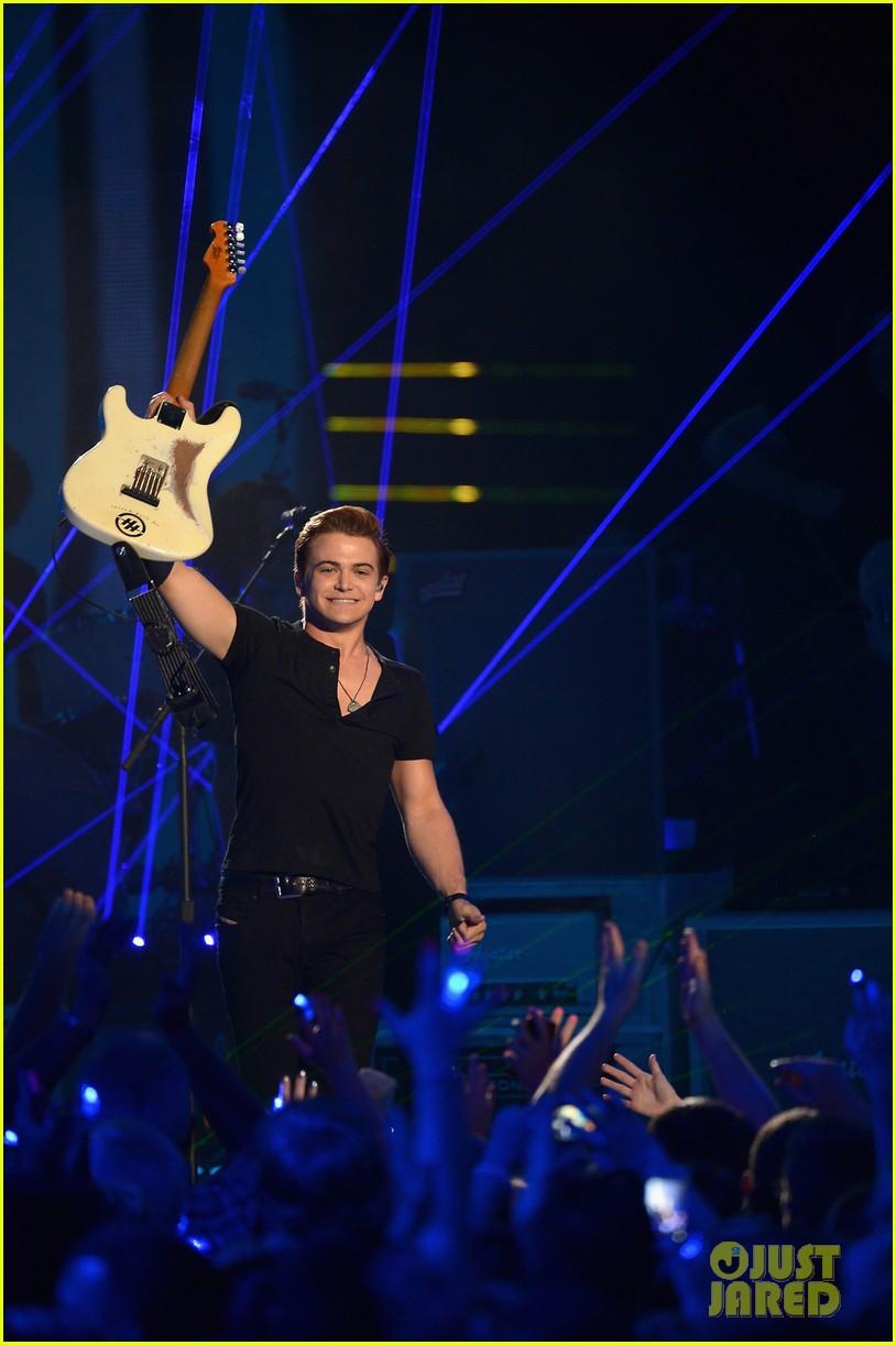 hunter hayes cmt music awards 2014 023128413