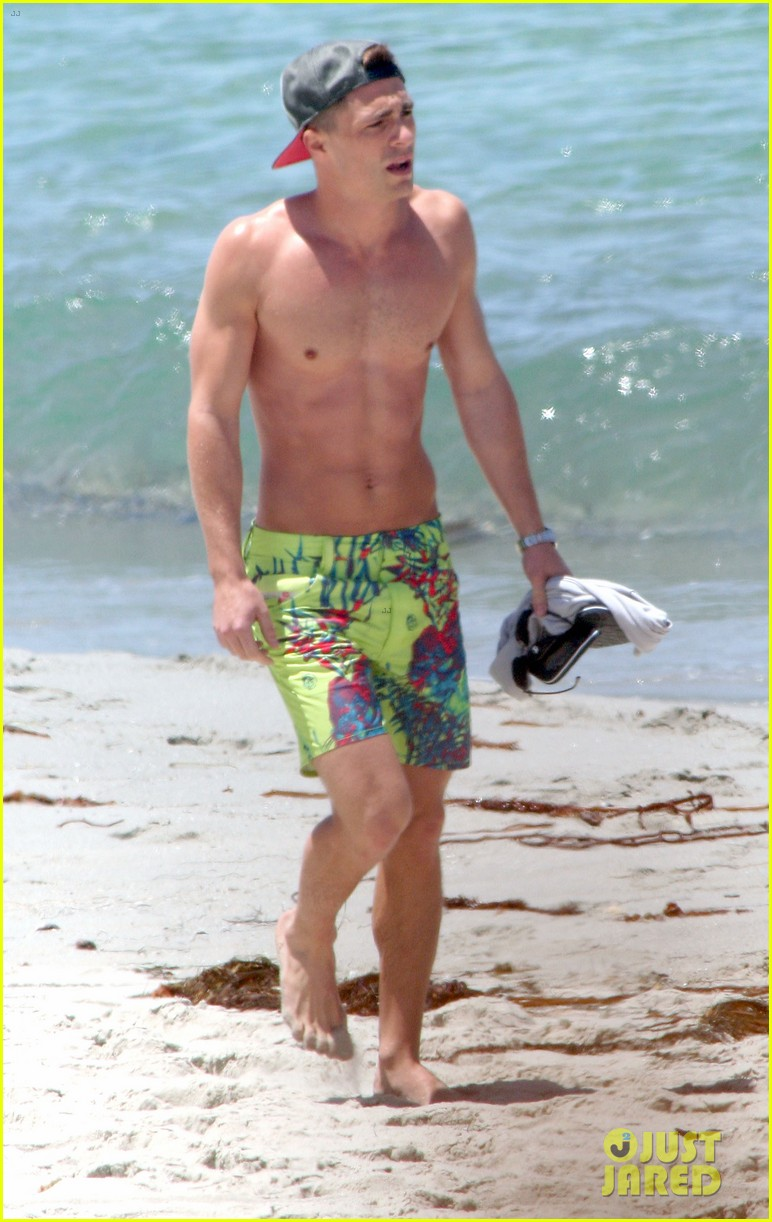 colton haynes shirtless beach 04