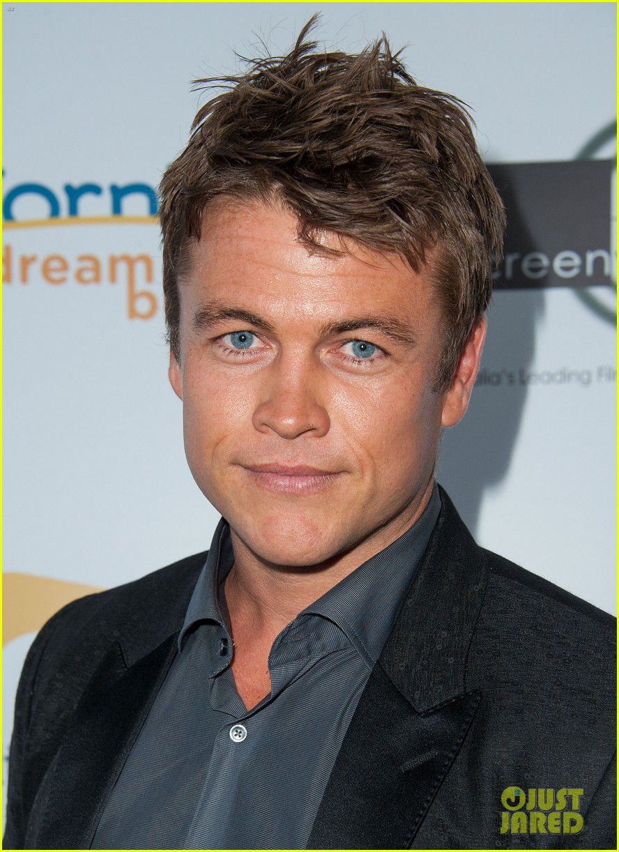 luke hemsworth luke mitchell hottest aussie lukes 20