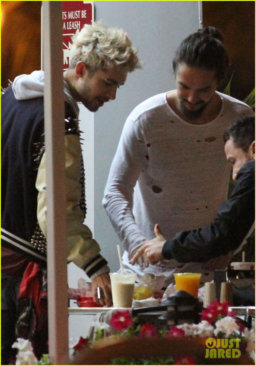 tokio hotel tom bill kaulitz grab astro burger together 123136187