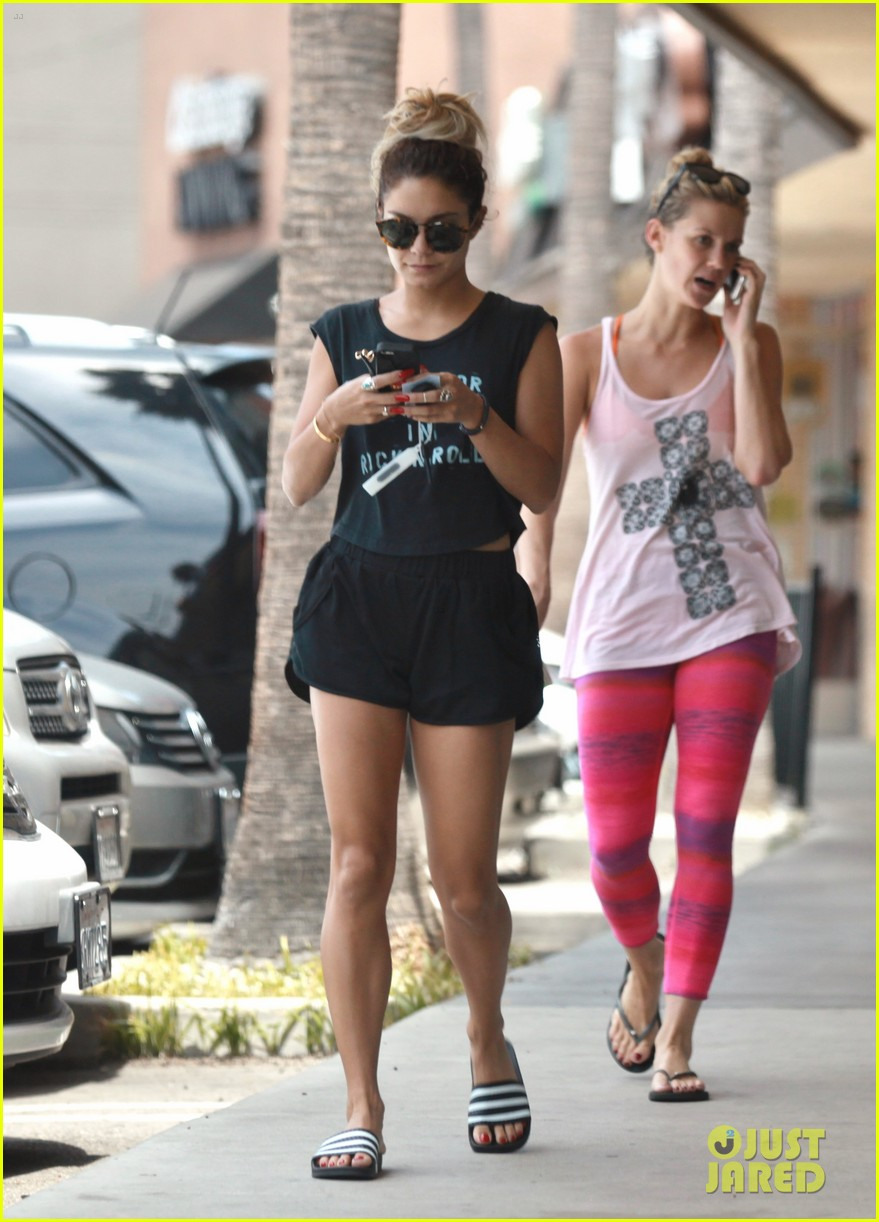 vanessa hudgens take out hawaii getaway 073144216