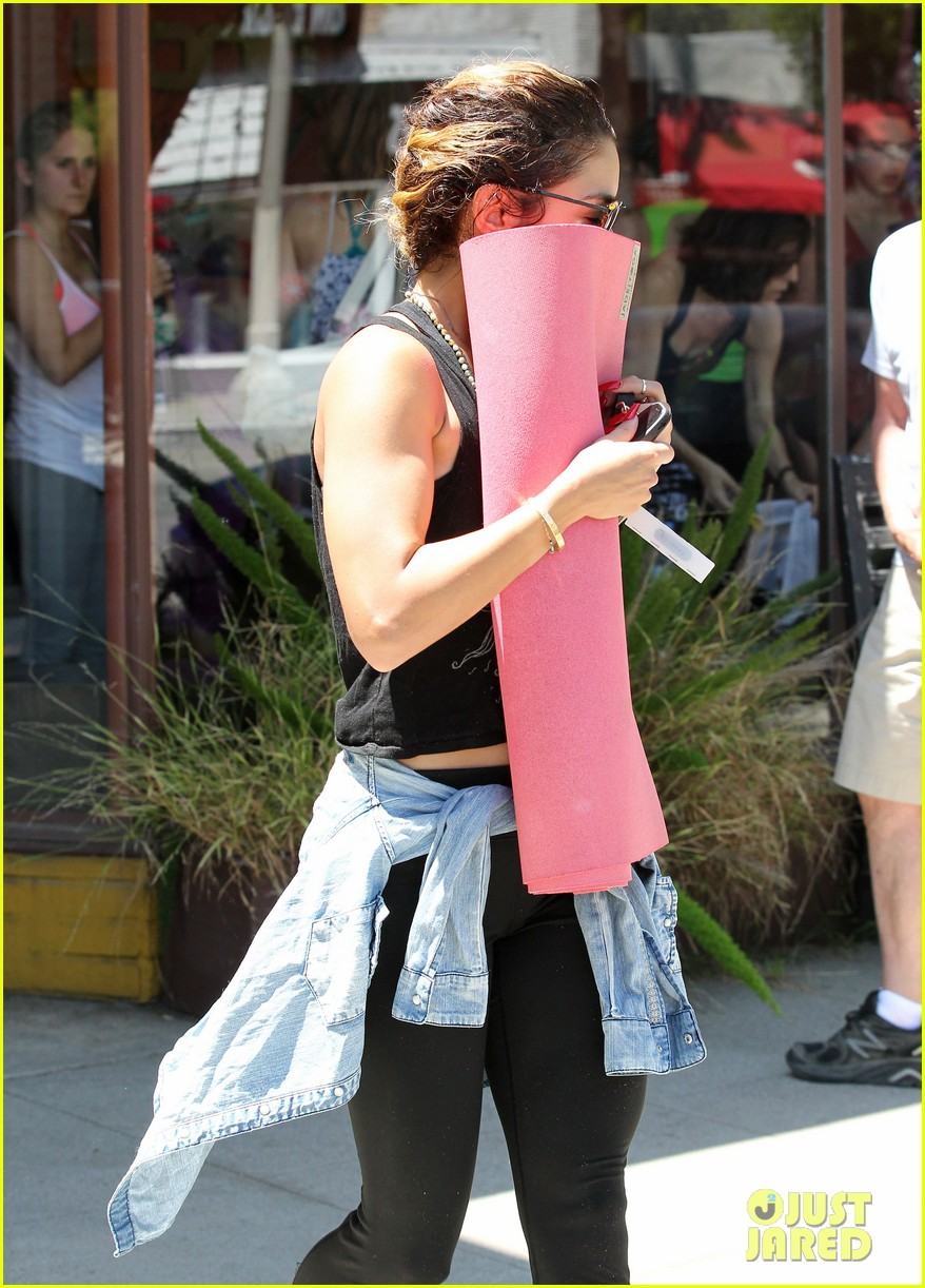 vanessa hudgens covers face after yoga always 123146179