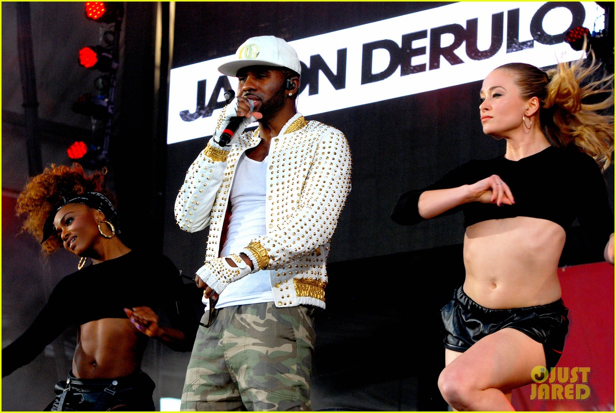iggy azalea austin mahone summer bash 2014 173136083