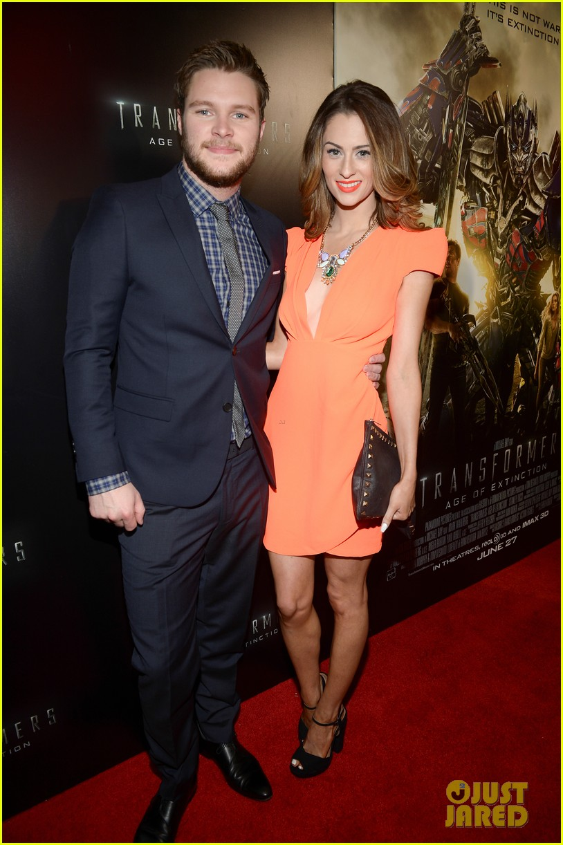 jack reynor brings his fiancee to transformers 4 miami screening 053144635